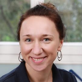 Dr. Nadine Ehrenberg